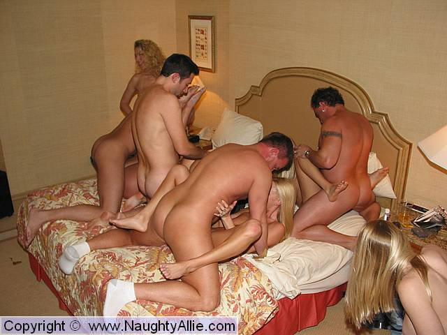 Amateur bi orgy really. was