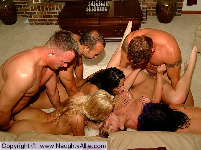 Amateur Bi Swinger Party