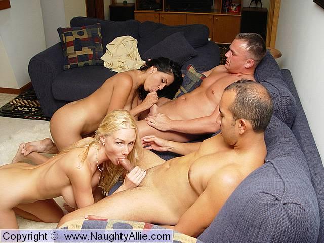cute athletic nude girls