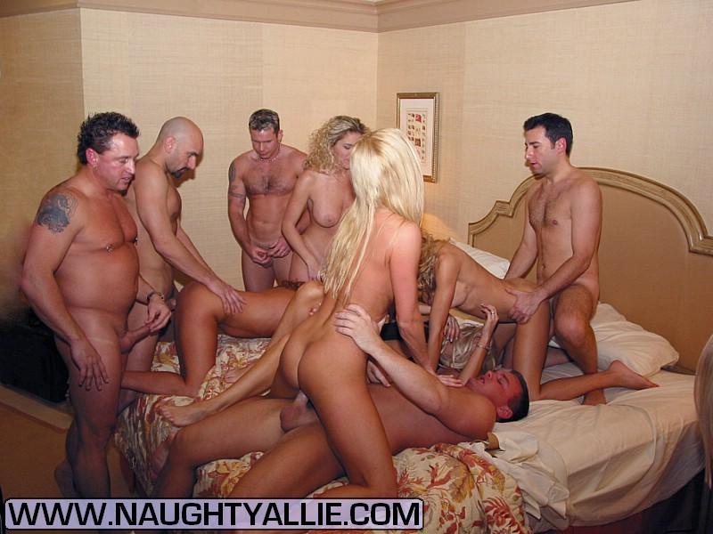 Behavior in spain strip clubs